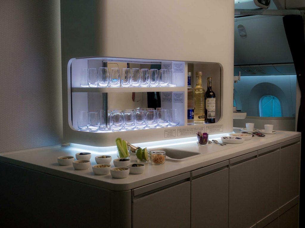 aeromexico-787-9-dreamliner-bar