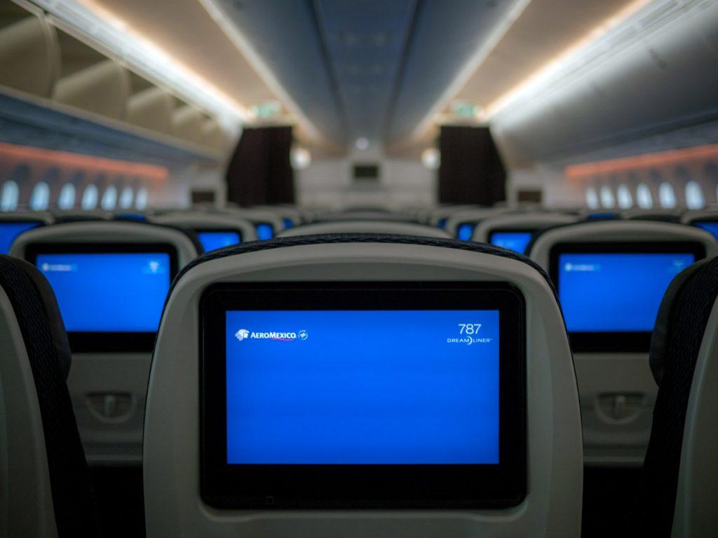 aeromexico-787-9-economy