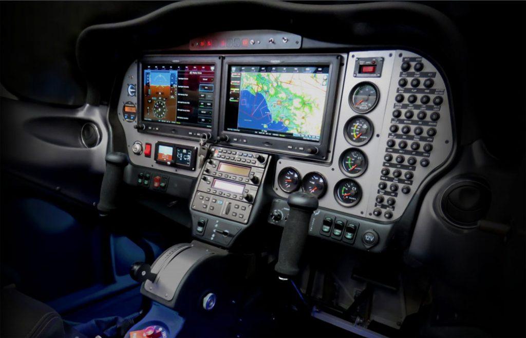 tecnam-p2002-mkii-sierra-cockpit