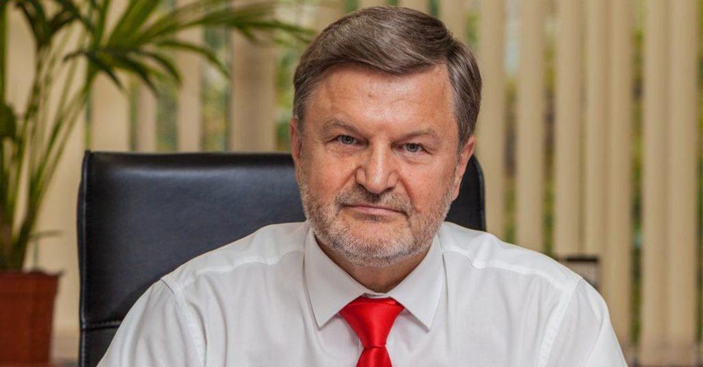 Victor Kladov Director Colaboracion Internacional Política Regional Rostec Maks 2017