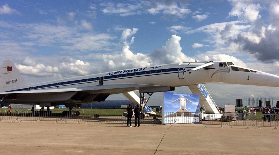 Tupolev Tu-144: El Avión Supersónico Concordski