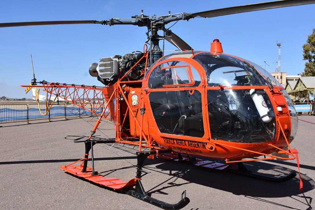 aerospatiale-SA-315B-Lama-hangarx-fuerza-aerea-argentina-mendoza-busqueda-rescate-40-aniversario