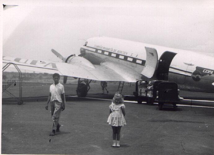 copa-airlines-compañia-panameña-de-aviacion-1947-Douglas-dc3-c47-hangarx-historia-aviacion