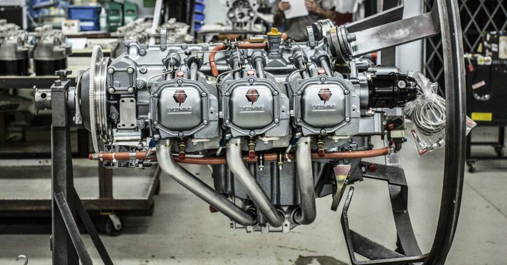 Motor Lycoming Thunderbolt AEIO-540-EXP en la fábrica de Williamsport, Pennsylvania Estados Unidos