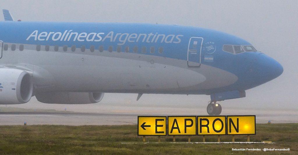 HANGAR X - Vuelos cancelados por la niebla en Aeroparque y Ezeiza