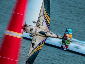 HANGAR X - Red Bull Air Race 2018 - Hall y Velarde los más rápidos en los entrenamientos libres de Kazán