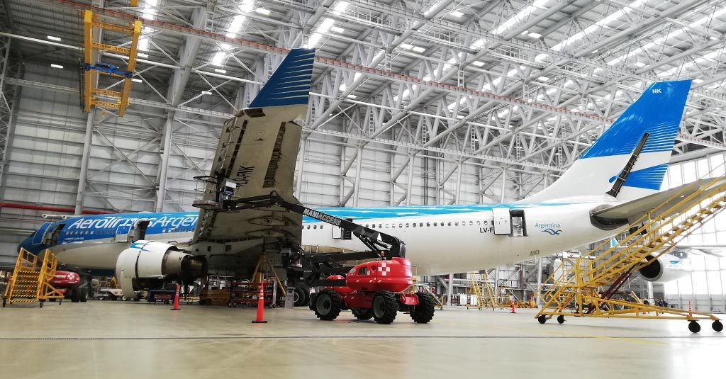 HANGAR X - Aerolíneas Argentinas / Hangar 5 - Aeropuerto Internacional de Ezeiza