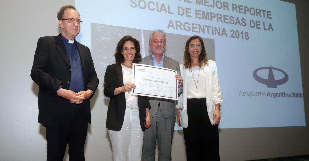 HANGAR X - Aeropuertos Argentina 2000 premiado por el Foro Ecuménico Social