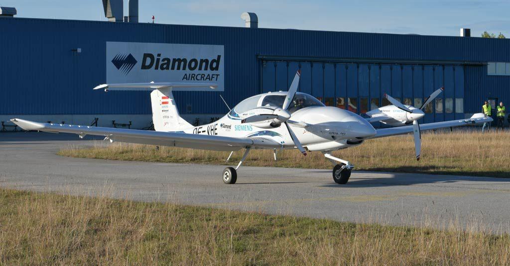 HANGAR X - Diamond Aircraft y Siemens realizaron el primer vuelo de un DA40 híbrido