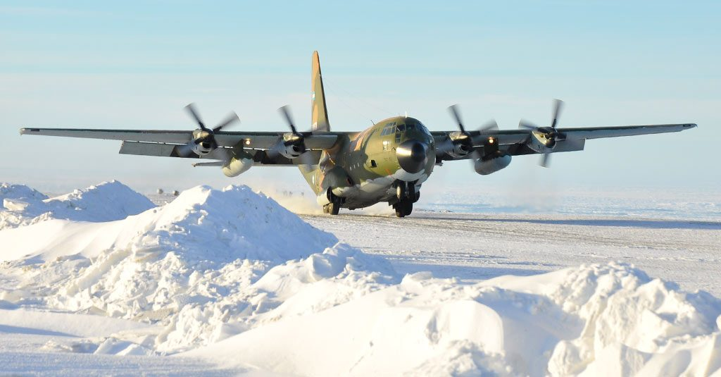 HANGAR X - Hércules C130 aterrizando en la Antartida, Fuerza Aérea Argentina