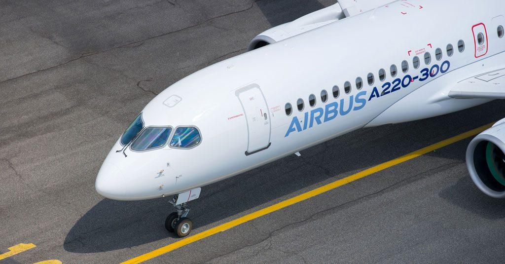 HANGAR X - Airbus A220 - 300