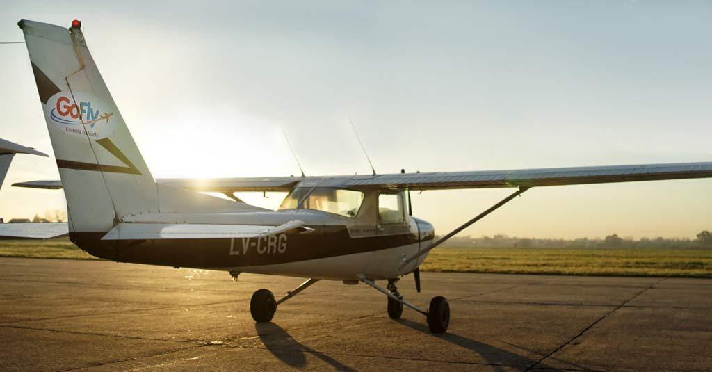 Cessna 152 - Escuela de Vuelo Go Fly