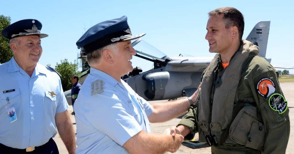 Fuerza Aérea Argentina - Entrega de las dos primeras unidades del IA-63 Pampa III a la VI Brigada Aérea. (Brig. My. Alejandro Gabriel Amoros)