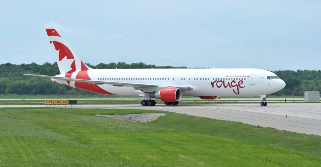 Air Canada Rouge - Boeing 767-300ER