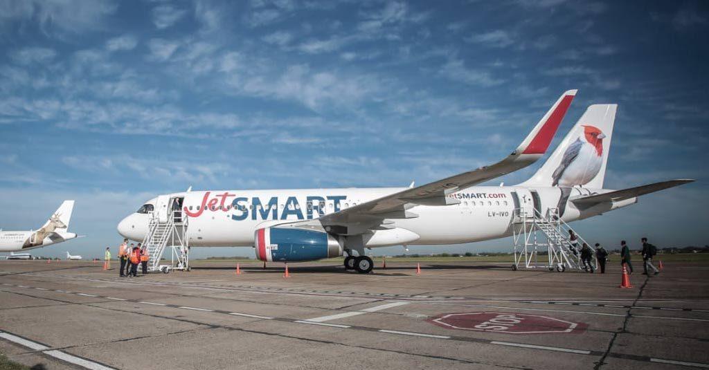 JetSMART Argentina / Airbus A320 LV-IVO
