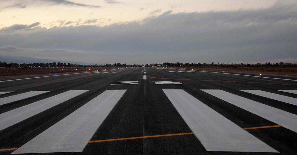 Aeropuerto Internacional de San Juan Argentina / Nueva pista de aterrizaje