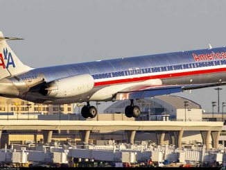 American Airlines McDonnell Douglas MD-80