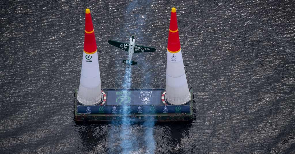 Red Bull Air Race 2019 - Pete McLeod