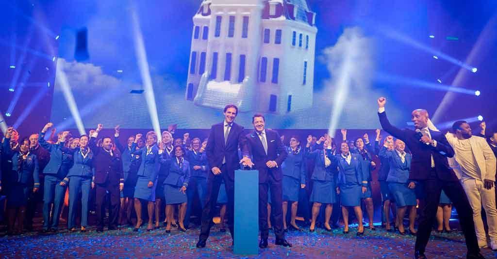 KLM - Royal Dutch Airlines / Presentación Casa número 100