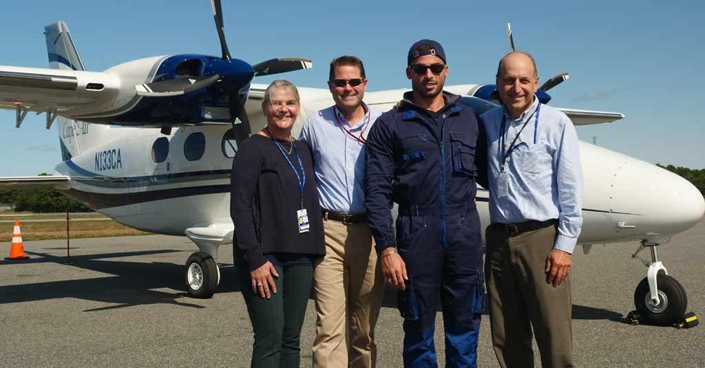 Tecnam P2012 - Traveller / Giovanni Pascale y Staff de Cape Air