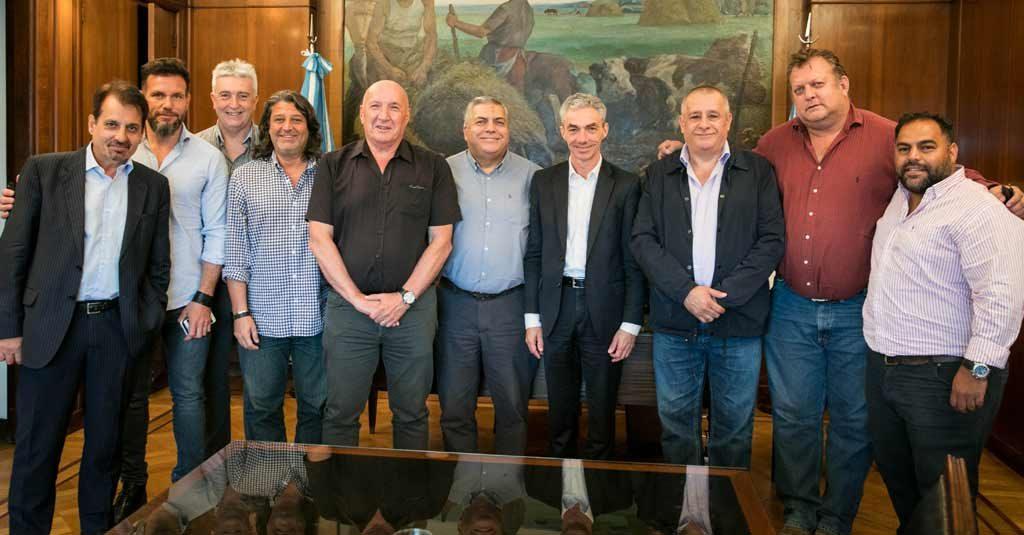 Mario Meoni, Ministro de Transporte Argentina, con Gremios Aeronáuticos