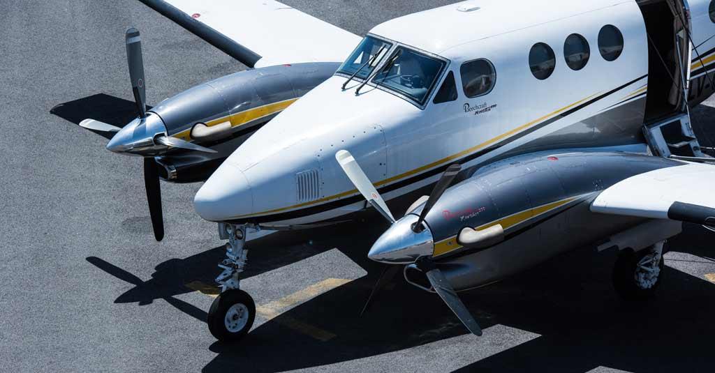 Beechcraft King Air B90 / Aviación General