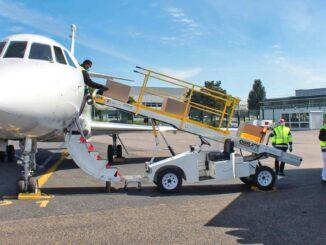 Conversión de un Dassault Falcon 900B a versión Cargo