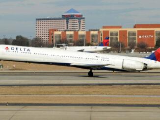 MD-90 - Delta (Último despegue, antes de su retiro del servicio))