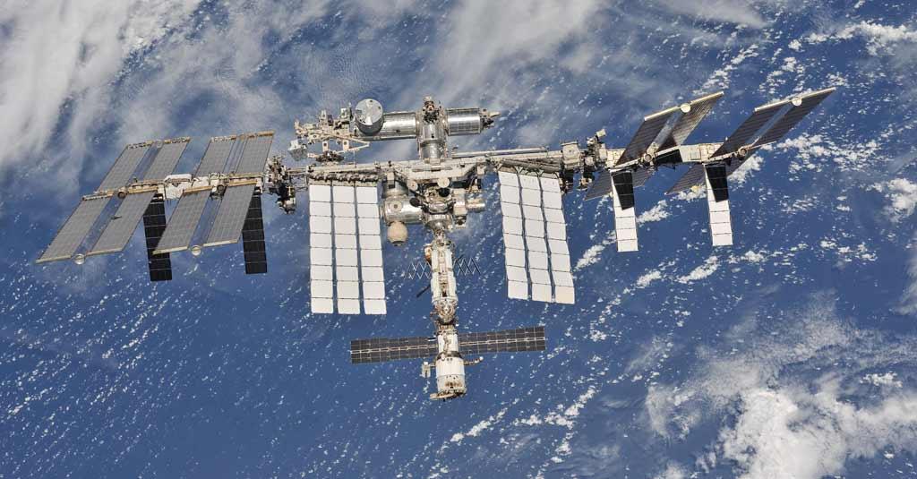 International Space Station - ISS / Estación Espacial Internacional - EEI