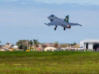 El primer Saab Gripen brasileño ya está operativo