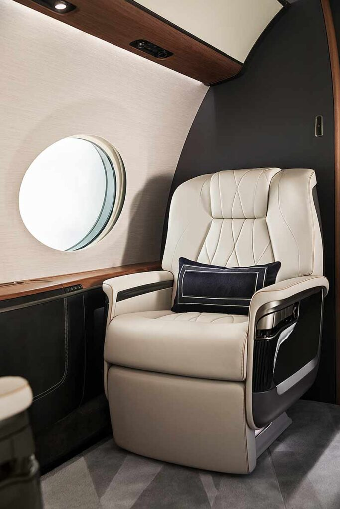 The Award Winning Gulfstream G700 Seat