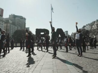 Tripulantes de LATAM Argentina viralizan su reclamo en video