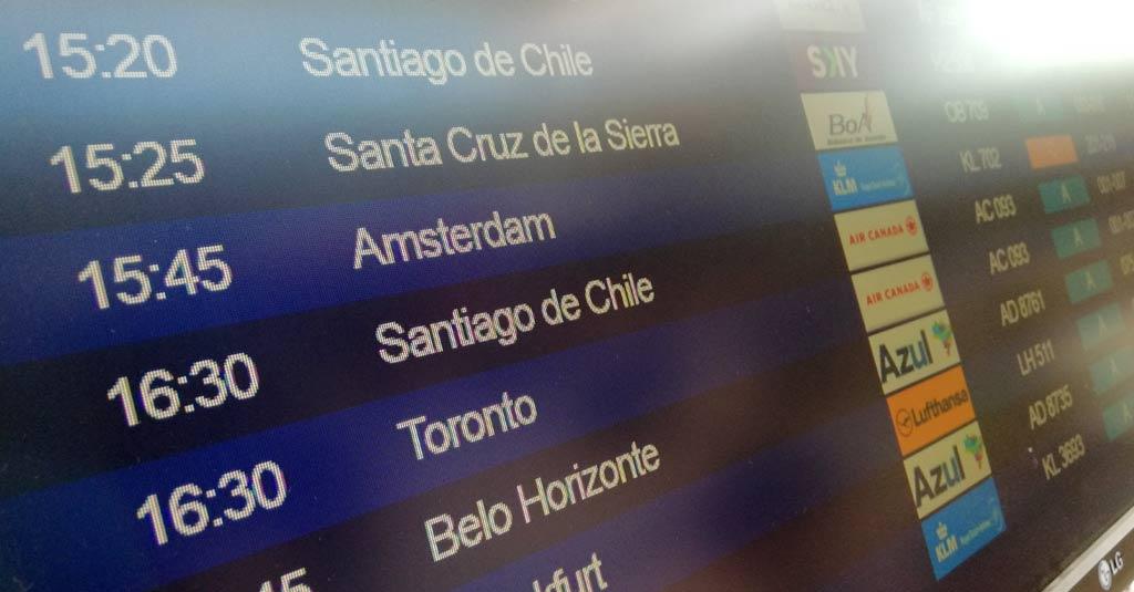 vuelos internacionales regulares