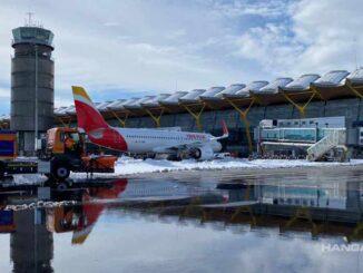 Iberia recupera gradualmente sus vuelos por la nieve en el Aeropuerto de Madrid
