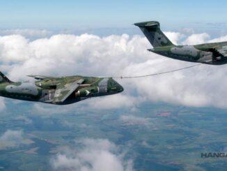 Reabastecimiento en vuelo entre dos KC-390 Millennium