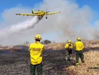 FeArCa y Protección Civil de Santa Fe combaten focos de incendio